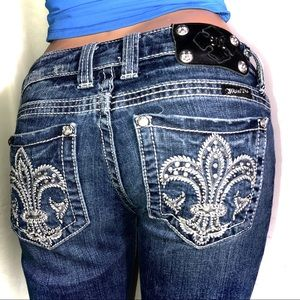 MISS ME SIGNATURE BOOT CUT EMBELLISHED